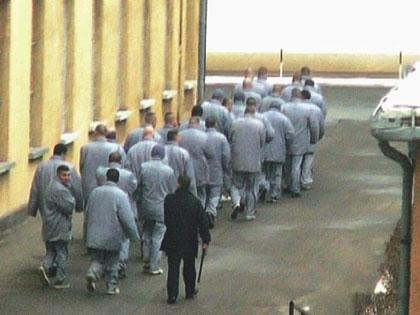 Tévedésből lecsukott rabok