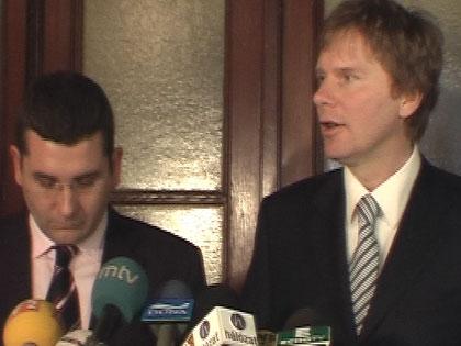 Az SZDSZ visszahívja minisztereit